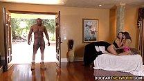 Video porno de sexo com duas ninfetasgrátis torando com o sortudo