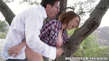 Amateur Hitchhiker Gets Creampie