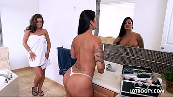 big ass latina mom porn - Latin MILF big ass lesbians and little bitch threesome sex - XVIDEOS.COM