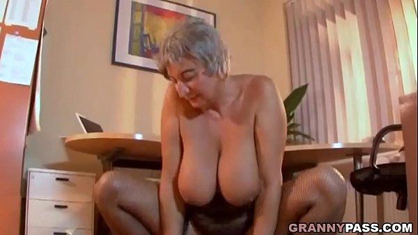 Секс грудастые толстушки старушки