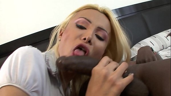 Black ebony cock it's too big for this shemale!