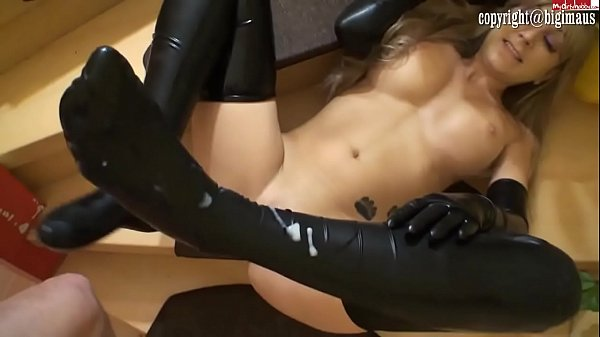 Latex chick in gloves fucked