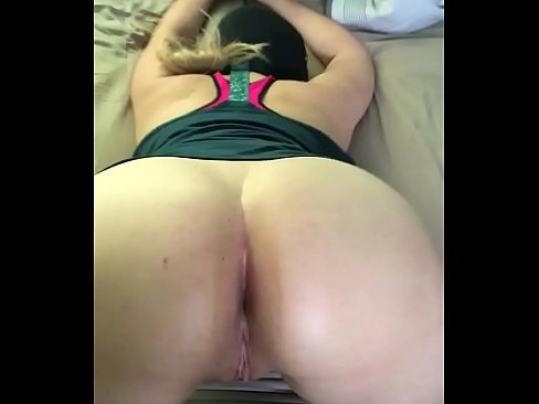 White Milf With Big Booty