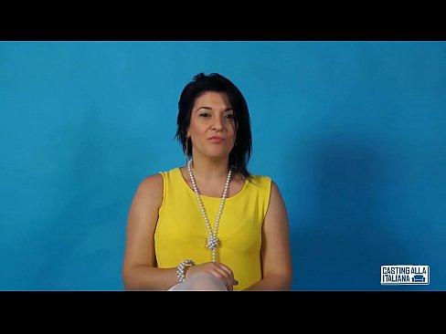 Anal Italiana - CASTING ALLA ITALIANA - Omar Galanti fucks Romanian babe for her first anal  porn - XNXX.COM