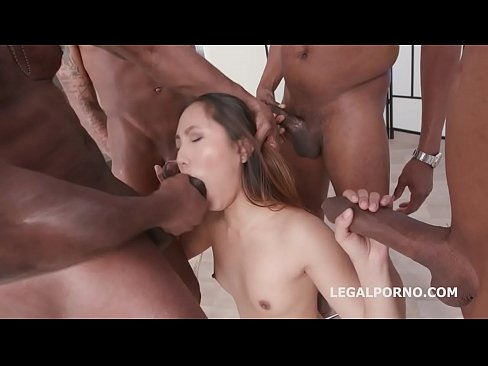 Thai Porn XXX 2018 Asian pop-tart Mai Thai gets a 4on1 Blackbuster Treatment and Loves it!