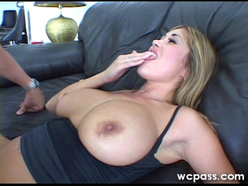 Chick tasting her pussy juice